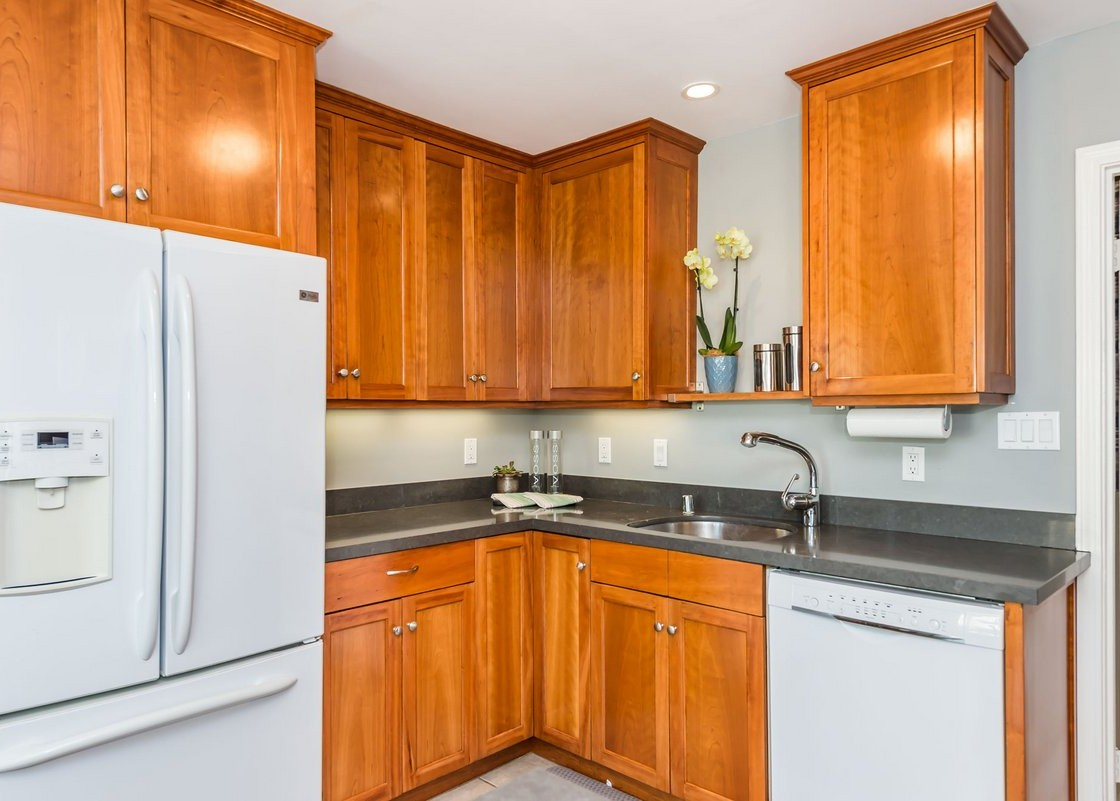 4299moraga_kitchen3