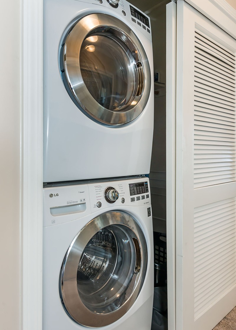 140_SouthVanNess_Laundry