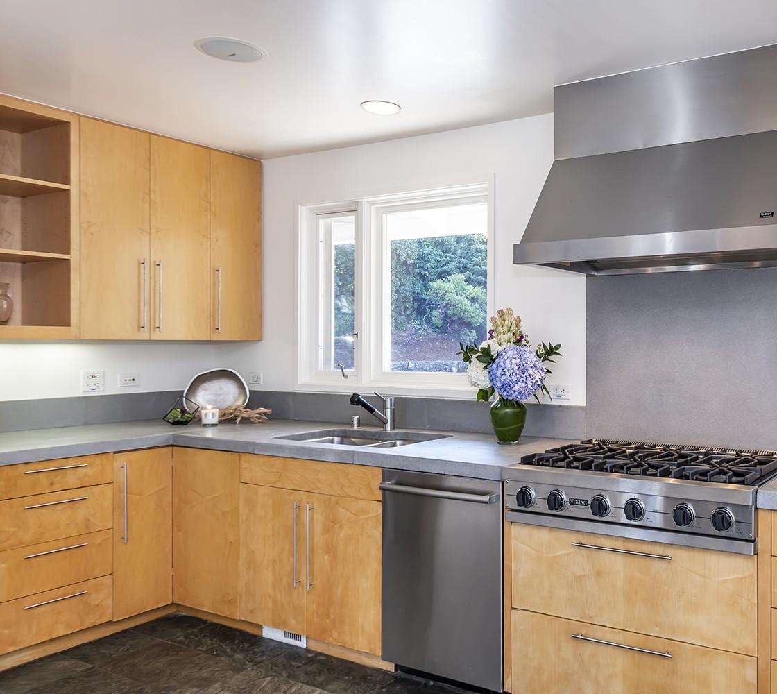 26_540_Pullman_kitchen_2