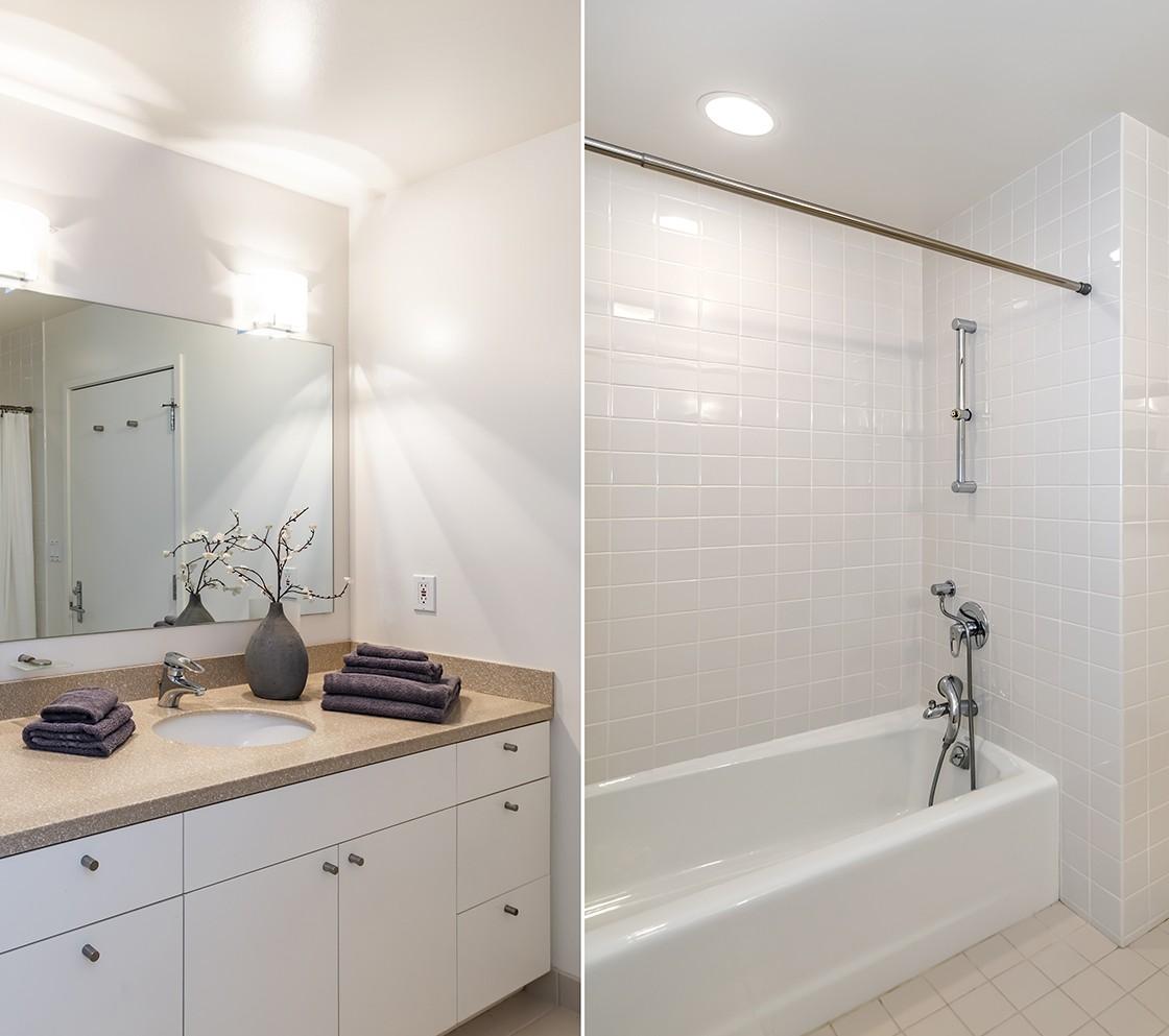 35_540_Pullman_bathroom