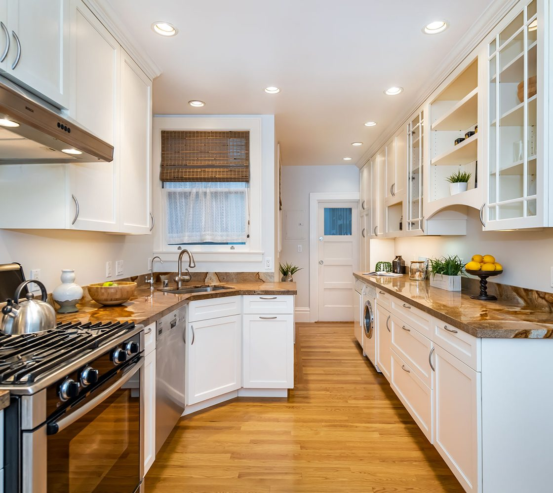 16_309_27th_Ave_kitchen_3_MLS